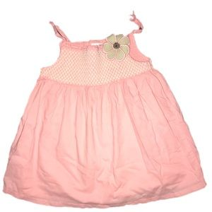 ⭐️ Gymboree 4T peach Smocked swing top tank linen